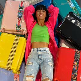 Un monde de couleurs 🌈🌈🌈 - A World of Colors 🌈🌈🌈 • • • #BandeAPart #BandeAPartParis #Luggage #Valise #Paris #Luggage #FrenchBrand #ParisIsBeautiful #Color #LennaVivas #Colorful